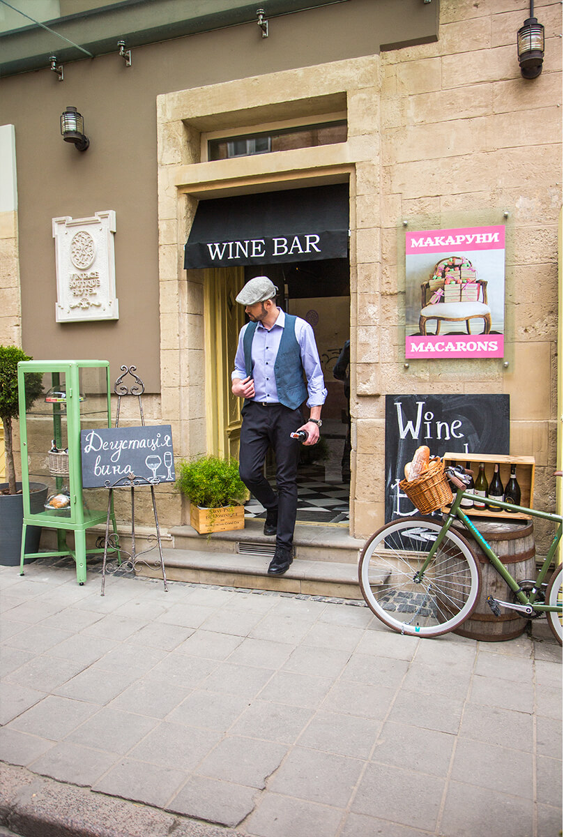 Visit the wine tasting. Hotel Vintage has best wine collection!